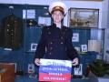 Член клуба Щит и меч Никита Уткин в форме милиционера 50-х годов поздравляет сотрудников полиции